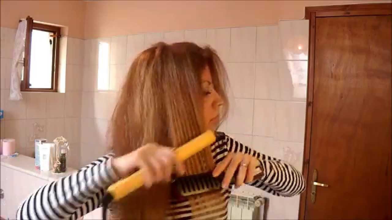 tuto coiffure n 10 comment se lisser les cheveux parfaitement youtube. Black Bedroom Furniture Sets. Home Design Ideas