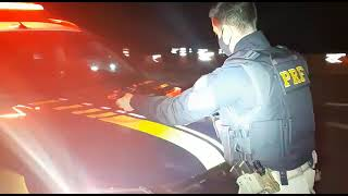 PRF prende motorista de aplicativo transportando crack na BR-290, em Eldorado do Sul