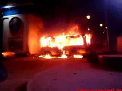 Євромайдан: Палаючий автобус Беркуту на Грушевського. Сутички