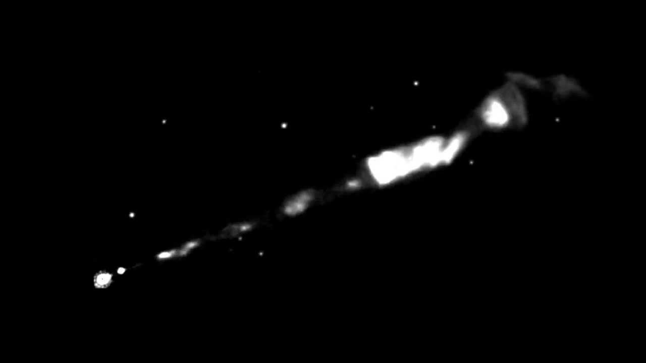 Hubble Telescope Shows Spiral Black Hole Powered Jet ...