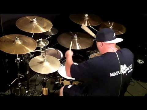 Baixar Eminem - Love The Way You Lie ft. Rihanna [Rock Drum Cover]