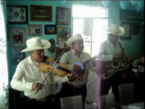 TRIO INCOMPARABLE DE LA SIERRA (25-09-2011) XOCHIPITZAHUATL