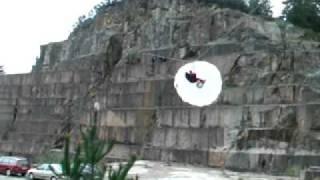 Tirolina con paracaídas