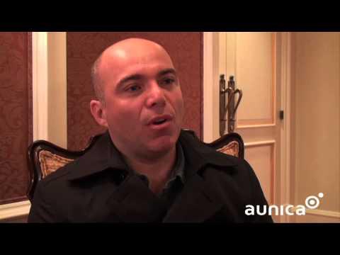 Aunica entrevista Emerson Luccas - Adobe Summit 2013