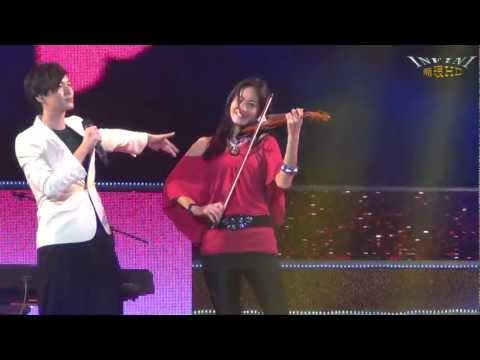 嚴爵&Janet 2 打噴嚏(1080p)@2013高雄燈會