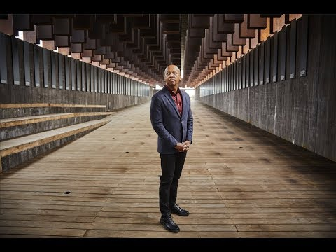 """Bryan Stevenson '85   """"We can't recover from this history until we deal with it."""""""