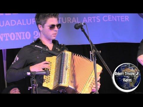 Sonia Otero - Canta, Canta, Canta @ The Holy Name Church 2013 Musica Movil | MusicaMoviles.com