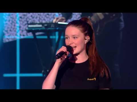 Sigrid performing Don't Kill My Vibe live at EBBA show 2018