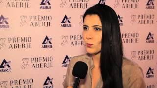 Sheila Magalhães recebe Prêmio da Aberje