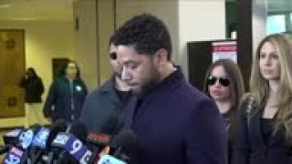 Prosecutor won't comment until review of Smollett case done