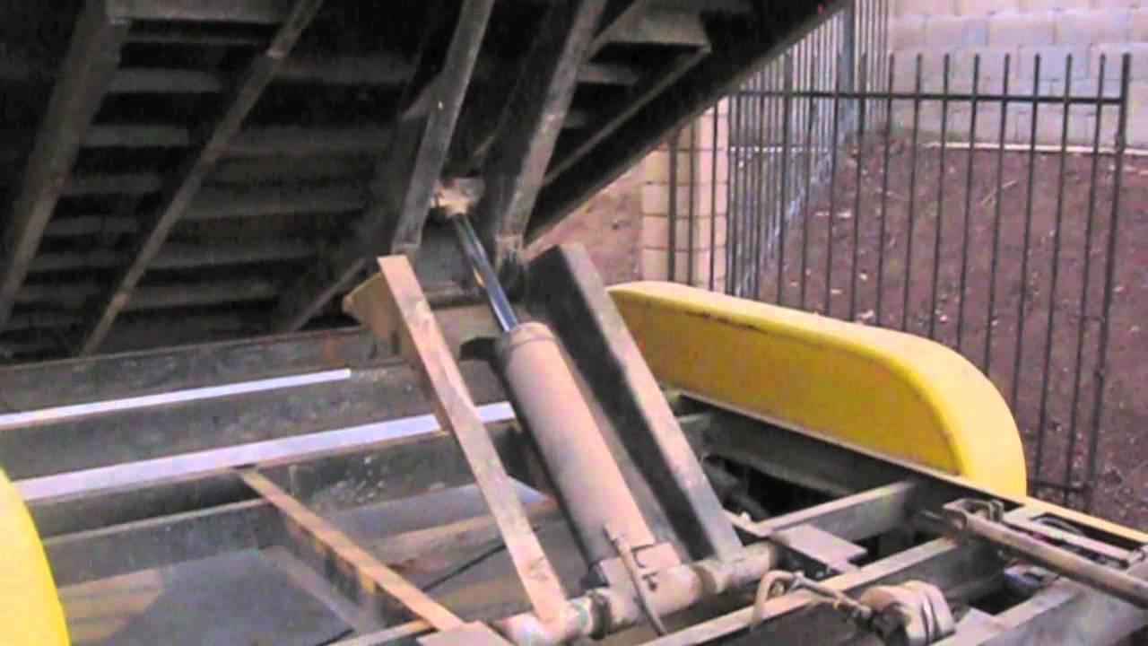 Poe Hydraulic Scissor Dump Trailer Youtube