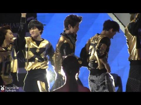 140212 Yuri Luhan Gaon Kpop Awards Moments