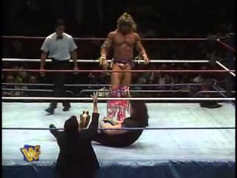 Ultimate Warrior vs Undertaker WWF 1991 - YouTube