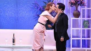Trường Giang để lộ ảnh cưới với Nhã Phương khi đang diễn chung với Anh Thư   Hài Trường Giang 2018