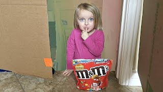 M&M GAME IN A BOX FORT MANSION!