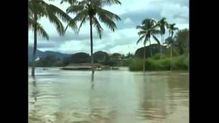 Raw: Massive Flooding in Malaysia