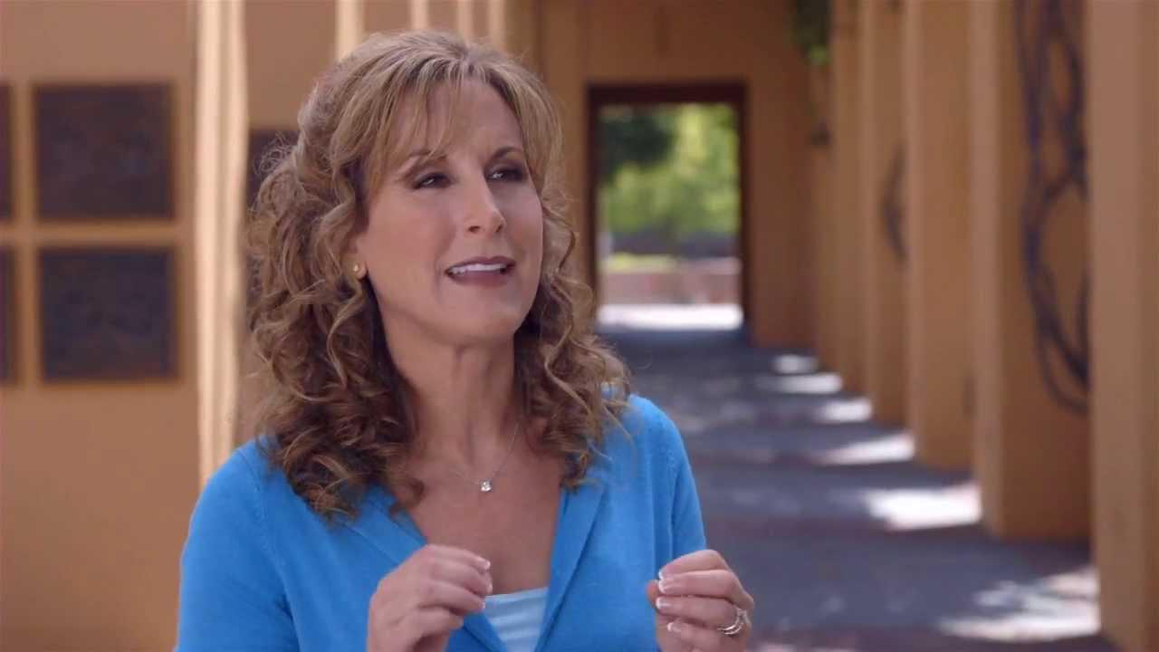 Jodi Benson Remembers 'The Little Mermaid' - YouTube