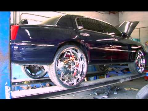 White Lincoln Town Car On 26 Forgiato Fiore S 1080p Hd