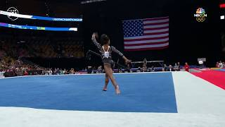 Simone Biles' Doesn't Hold Back During Her Floor Routine | Summer Champions Series
