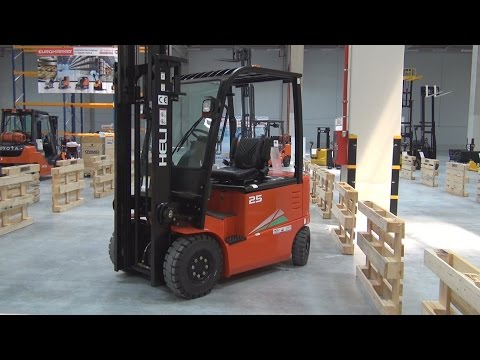 Heli CPD25-GD1 Forklift Exterior and Interior in 3D