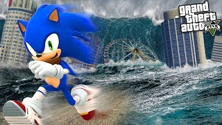 SONIC the HEDGEHOG escapes a TSUNAMI SUPER STORM (GTA 5 Mods)