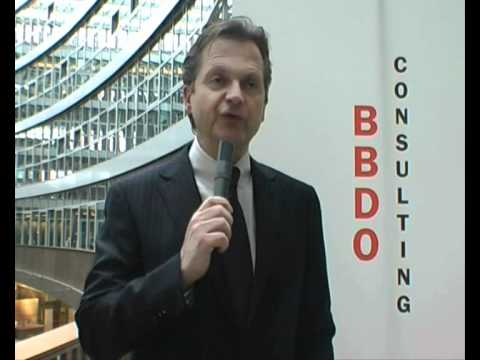 Udo Klein-Bölting, CEO Batten & Company (BBDO Consulting) zu Marketing-/Vertriebserwartungen 2010