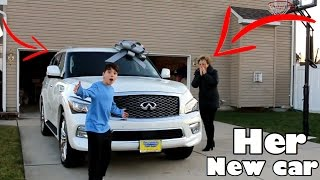 BUYING MY MOM HER DREAM CAR AT AGE 13 *NOT CLICKBAIT*