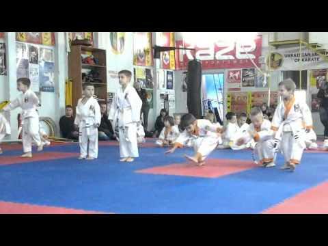 Экзамен по каратэ 13 октября 2013 года в клубе Тигренок.ч.2