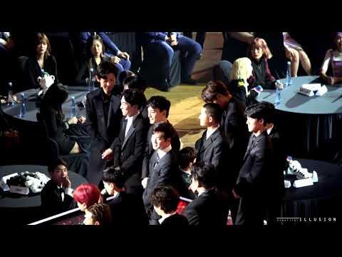 171115 Asia Artist Awards 페뷸러스 수상 엑소 EXO
