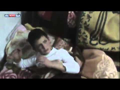 شاهد.. قوات الإحتلال الإسرائيلي تستجوب أطفالاً بغرفة النوم