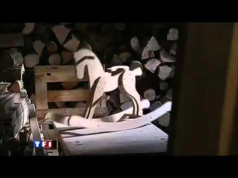 fabrication de jouet en bois cheval a bascule dans le val. Black Bedroom Furniture Sets. Home Design Ideas