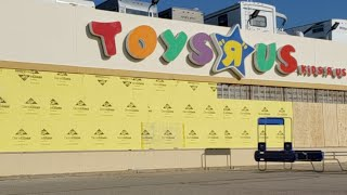 They're Gutting My Toys R Us