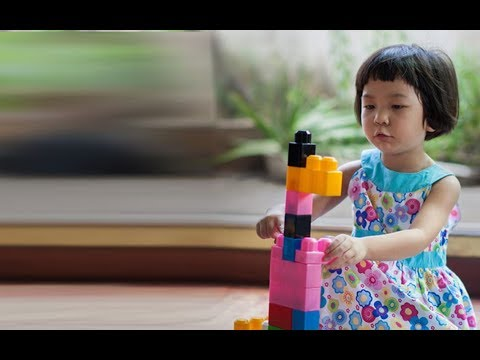 Bringing the Early Signs of Autism Spectrum Disorders Into Focus
