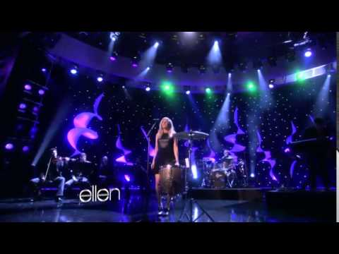 Baixar Ellie Goulding performs 'Lights' on The Ellen Show