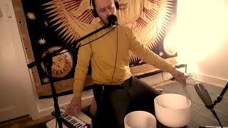 Crystal Singing Bowls and Voice - Soundhealing - 432 hz