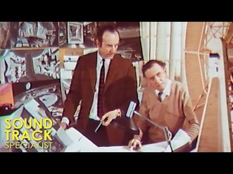 Stanley Kubrick - 2001 A Space Odyssey | A Look Behind The Future