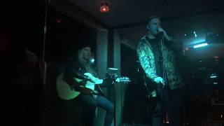 """John Joseph Singing """"The One That Got Away"""" Acoustic Cover by Katy Perry Live at Bar20"""