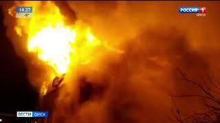 Пожар повышенного ранга сложности сегодня рано утром тушили спасатели