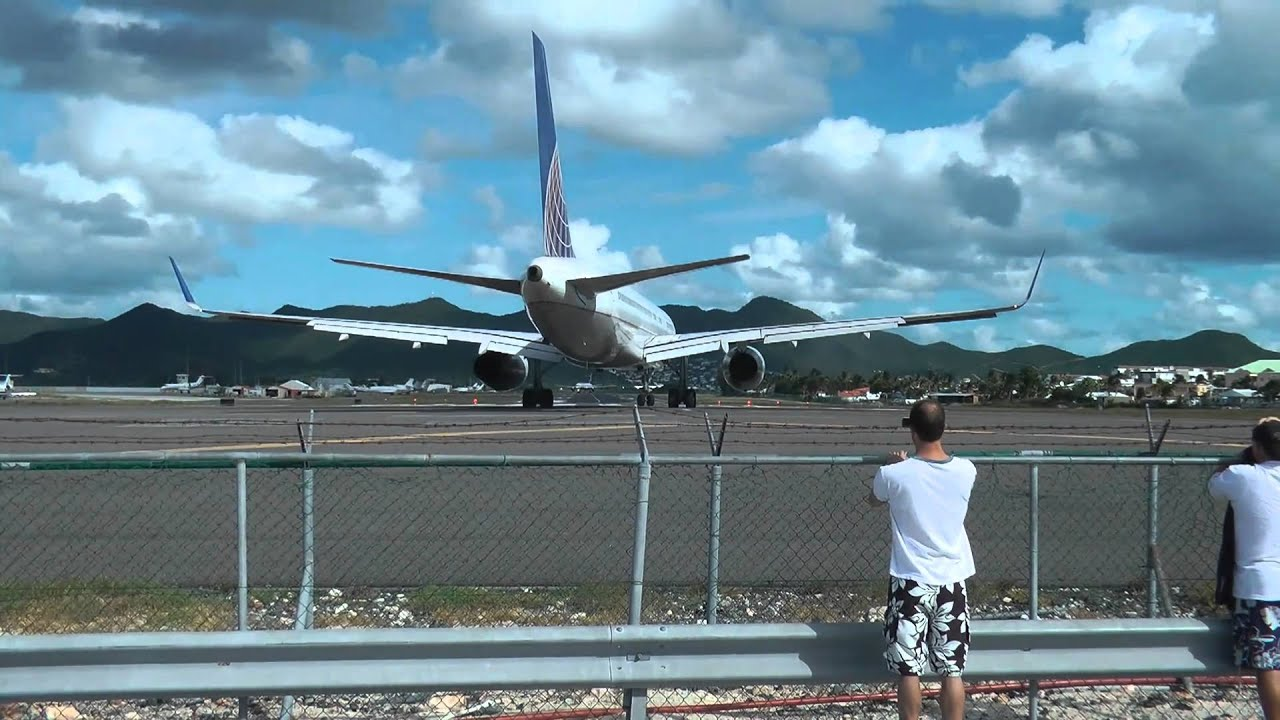 St. Martin St. Maarten Princess Juliana Airport takeoffs ...