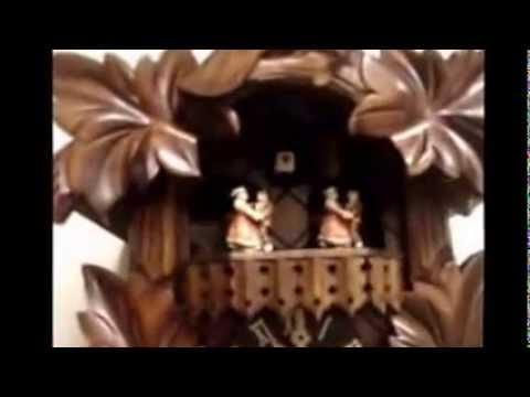 Hones Cuckoo Clock - Animated Dancers | Musical | #600/3T