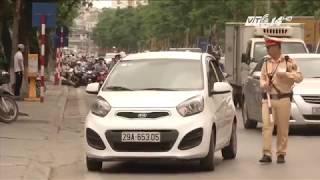 (VTC14)_ Xử phạt xe không mang theo giấy tờ gốc và nỗi khổ của người dân