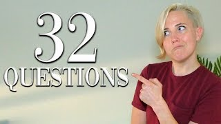 """32 Questions With Hannah Hart   """"Vogue"""""""