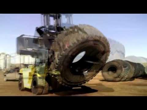 Hyster H450HDS Tire Handler