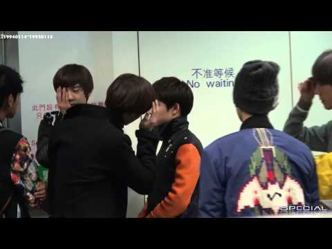 [Fancam] 121130 EXO D.O. Do Kyungsoo & KAI Kim Jongin @ Airport and MAMA [KAISOO].mp4