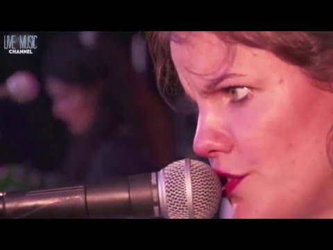 Hinds Live 2015