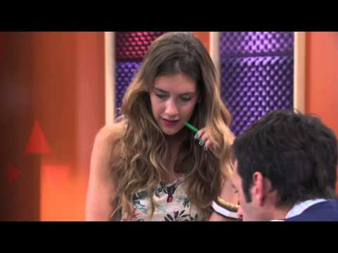 Violetta: Angie Canta ¨Algo Se Enciende¨ (Temp 2 Ep 42) - Smashpipe Entertainment