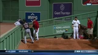 Jackson flips over wall for potential catch of the year