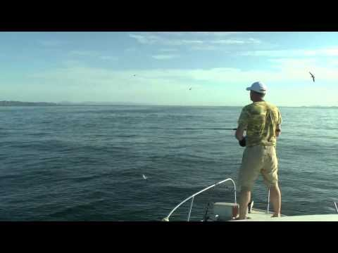 Морская рыбалка,Владивосток, Пошли на лакедру, такие котлы. 21.08.2013.