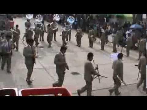 concurso de la Banda Real Huancayo en la plaza de tapuc 2013 pasco