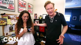 "Conan Hunts Down His Assistant's Stolen ""Gigolos"" Mug"